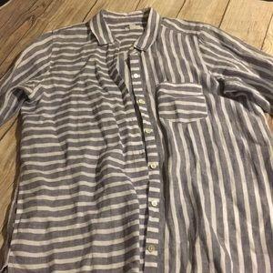 ❤️J. Jill linen striped shirt great for spring!!❤️